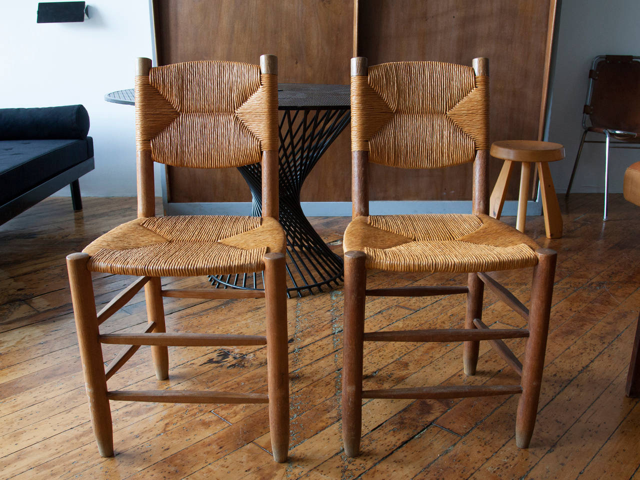 Charlotte Perriand Oak and Rush Side Chairs In Excellent Condition For Sale In Brooklyn, NY