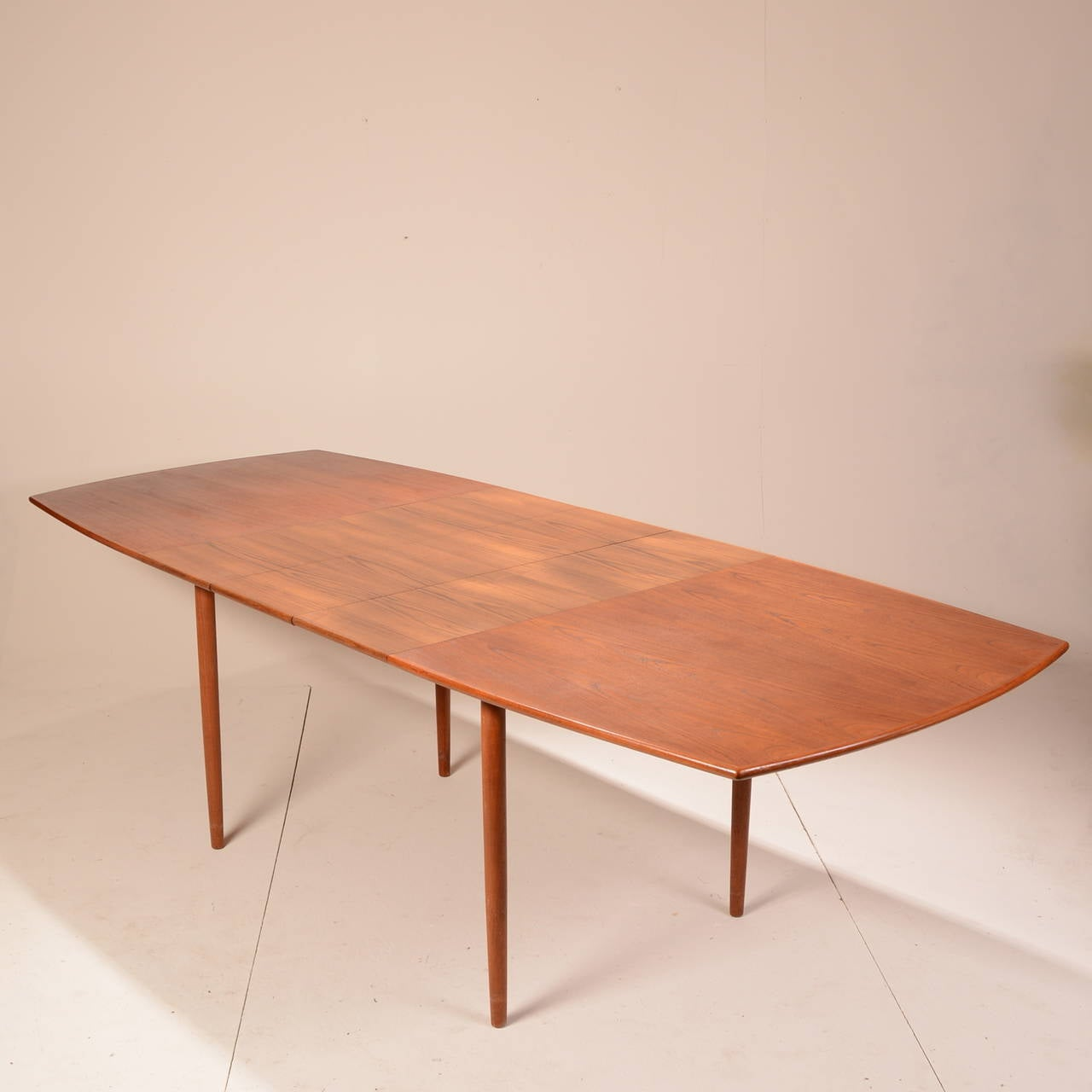 Mid Century Modern Teak Extending Dining Table At 1stdibs