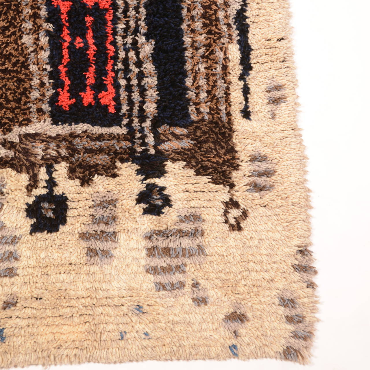 This is beautiful Scandinavian cityscape modern wool wall hanging or rug. In excellent condition.  44