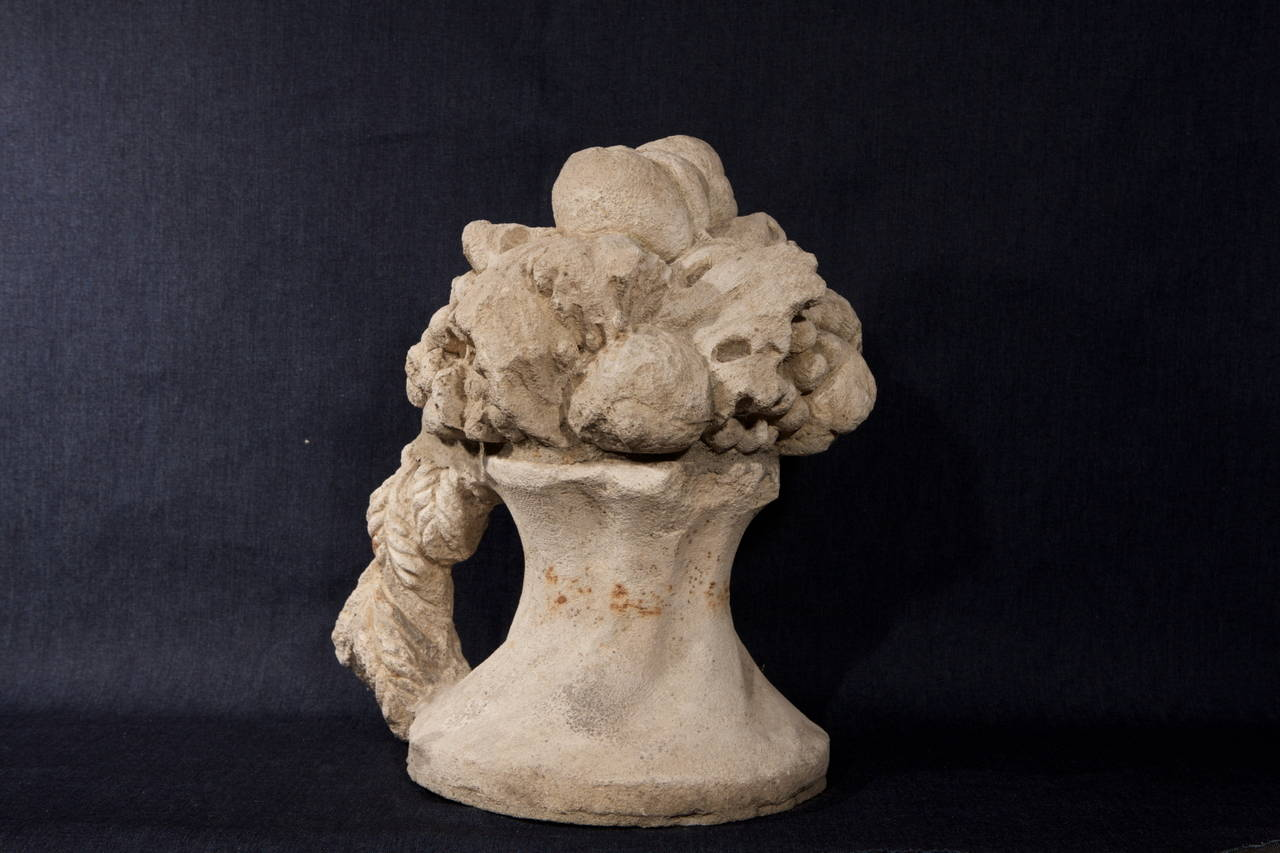 Antique Italian carved stone fruits triumph for Garden or for the top of the staircase, ref. M/108.