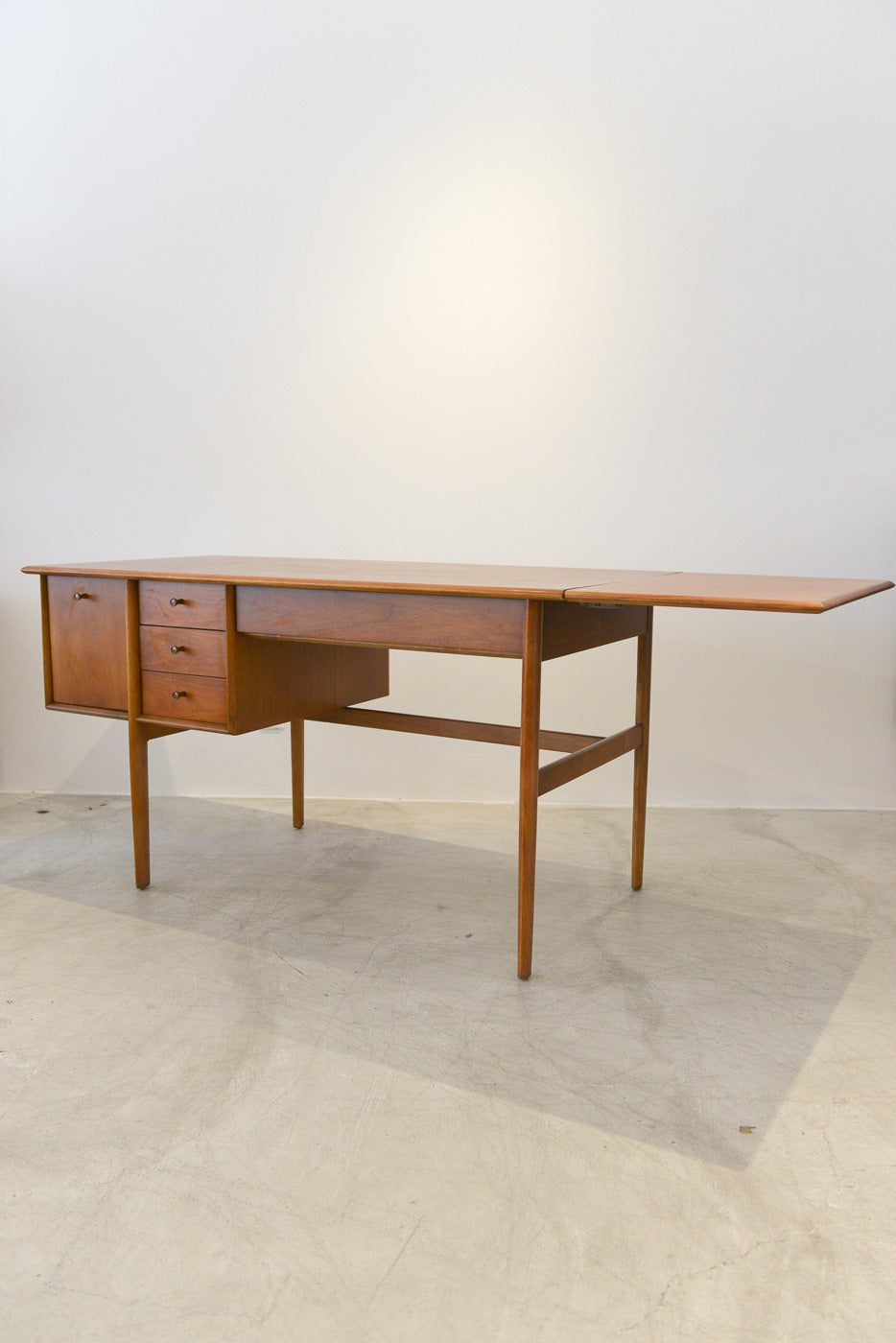 Barney flagg for drexel parallel walnut drop leaf desk at 1stdibs barney flagg for drexel parallel walnut drop leaf desk 2 geotapseo Image collections