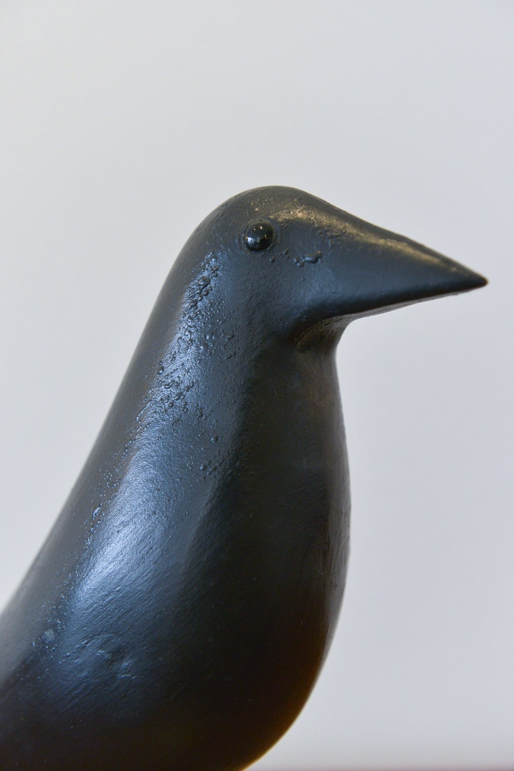 charles perdew 39 eames house bird 39 carving for sale at 1stdibs. Black Bedroom Furniture Sets. Home Design Ideas