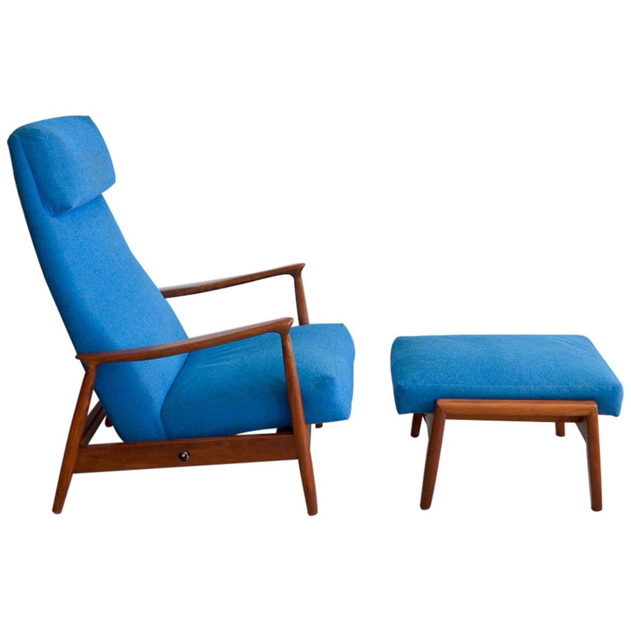 Milo Baughman Walnut Reclining Lounge Chair with Ottoman at 1stdibs