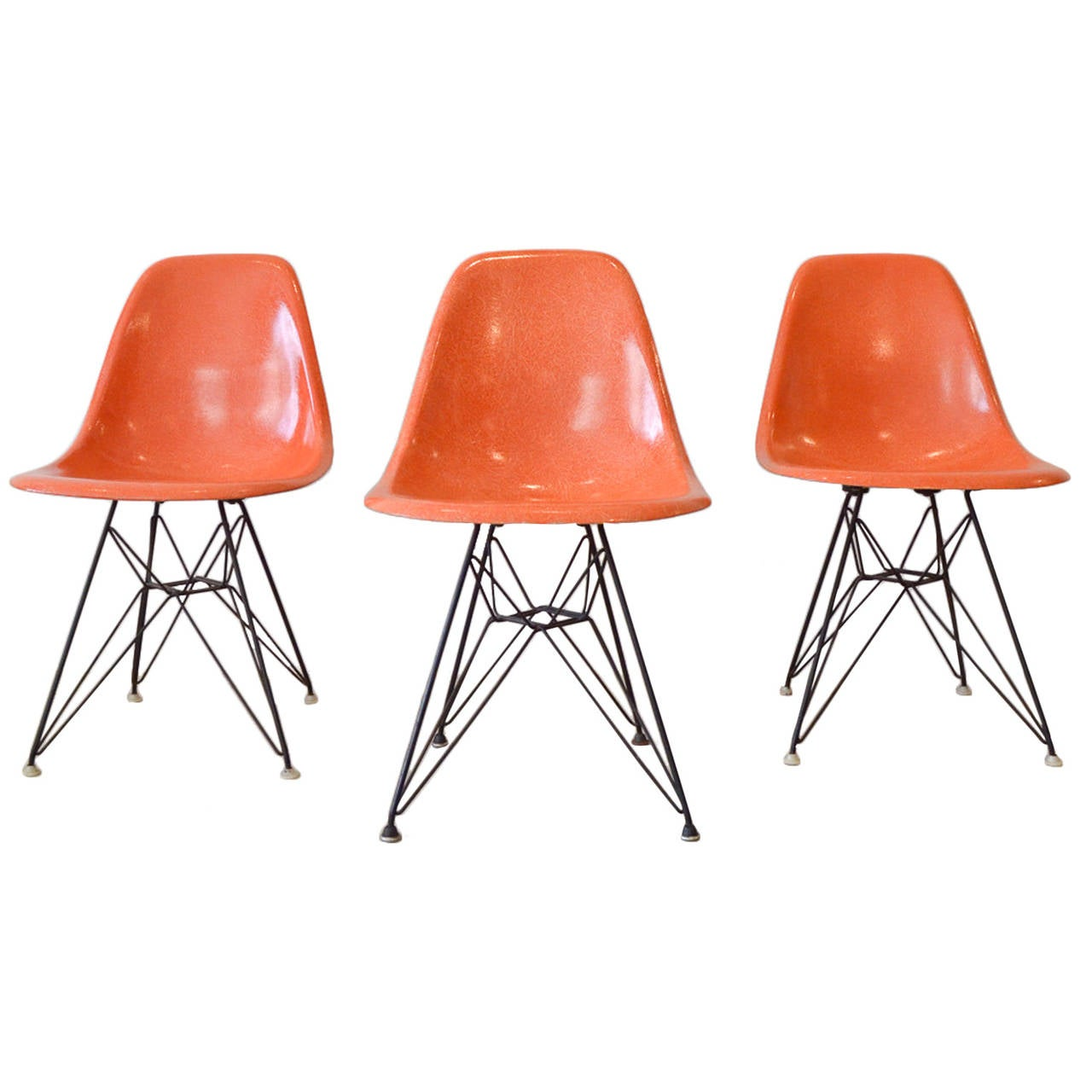 this eames dsr fiberglass chair with wire base is no longer available
