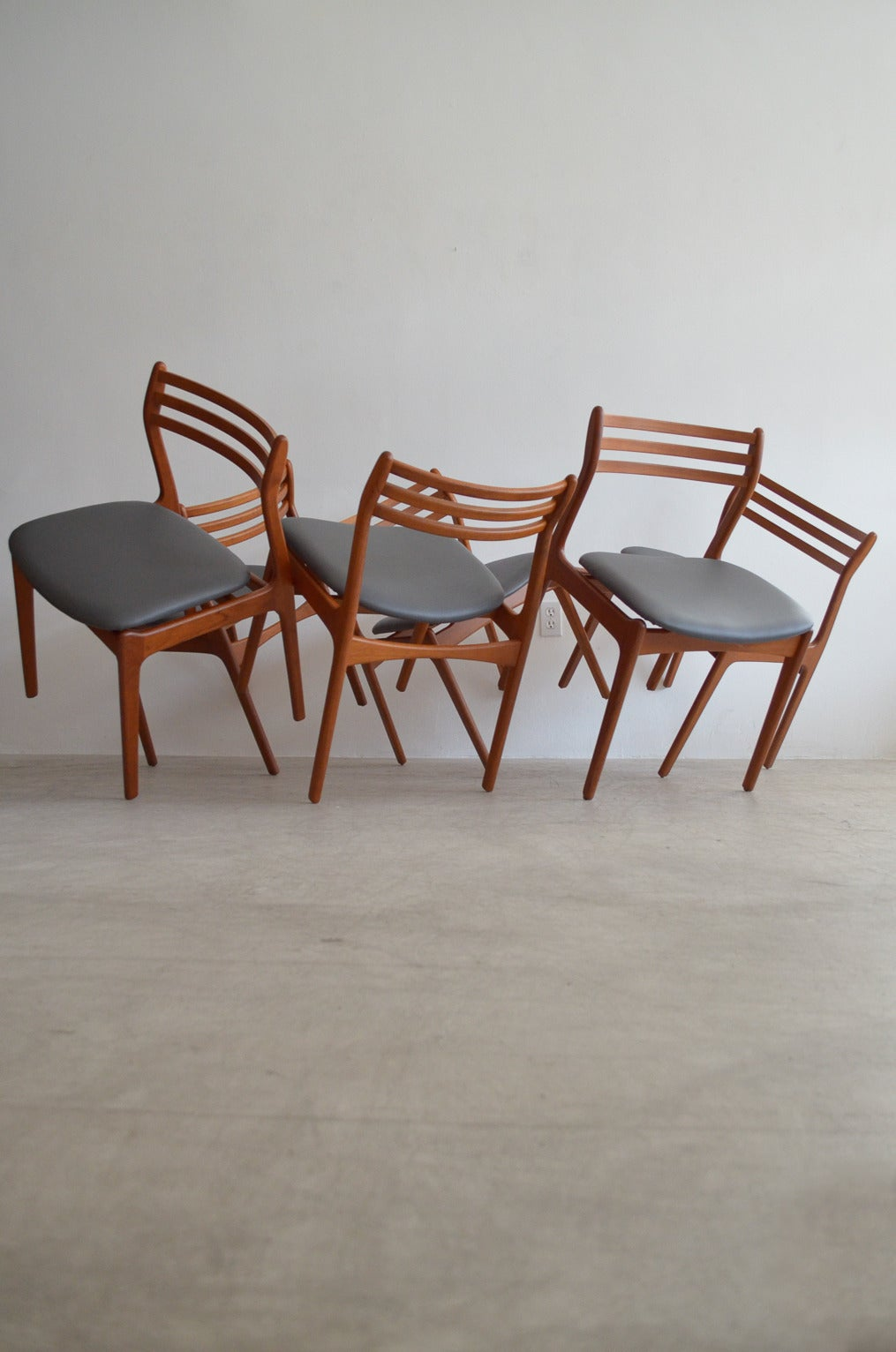 P E Jrgensen Farso Stolefabrik Dining Chairs 2