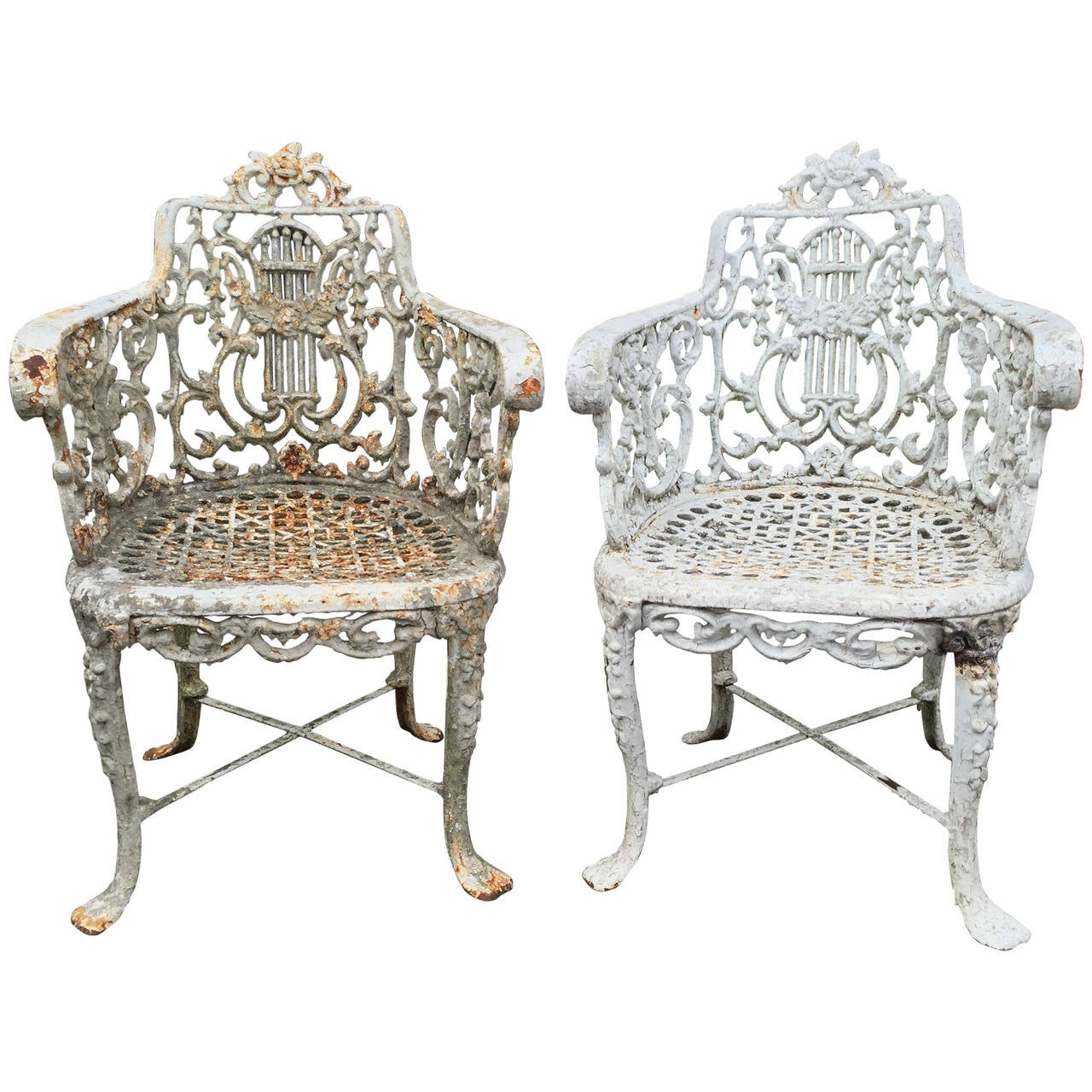Pair Of English Cast Iron Garden Chairs Late 19th Century At 1stdibs