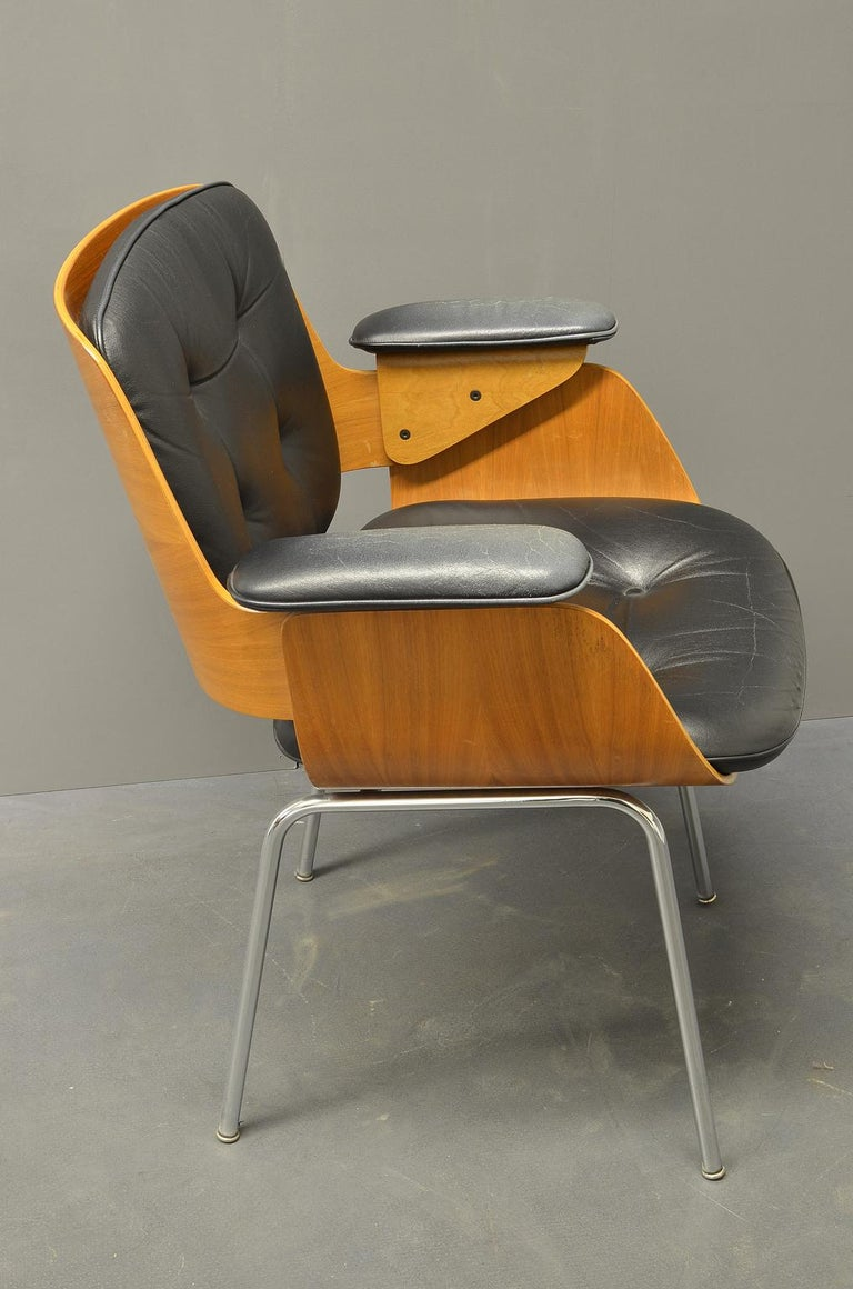 Steel D48 Desk Chair / Conference Chair, Hans Könecke, Tecta 1960s Black Leather For Sale