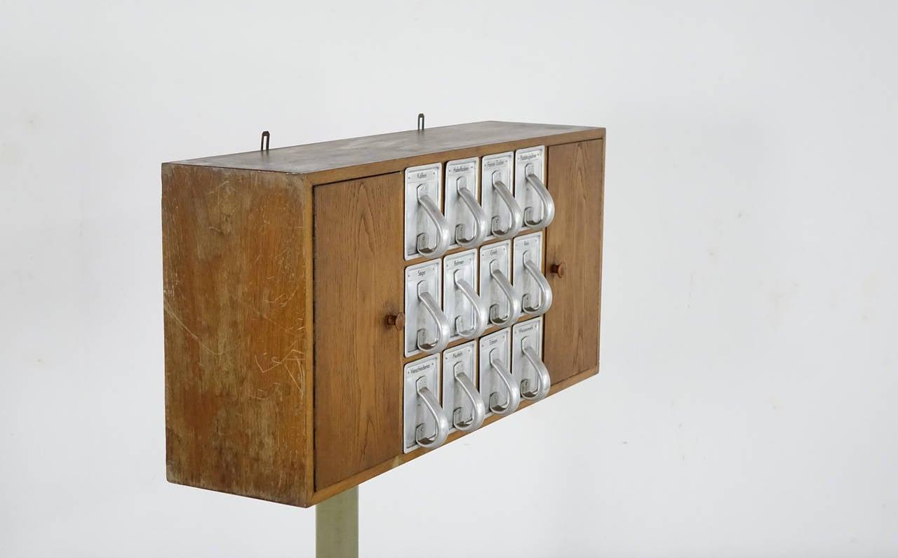 frankfurter k che kitchen cabinets by margarete sch tte. Black Bedroom Furniture Sets. Home Design Ideas