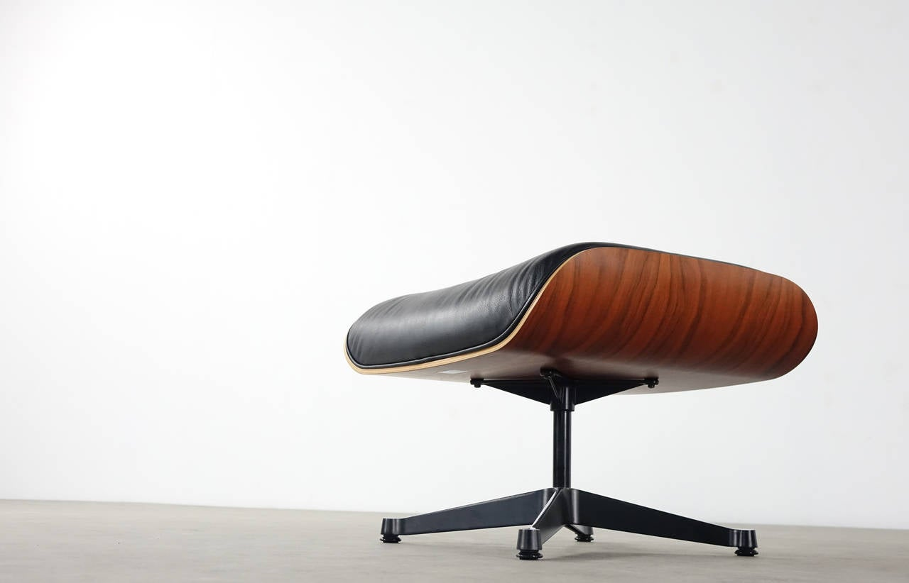 vitra charles eames lounge chair and ottoman in santos rosewood herman miller at 1stdibs. Black Bedroom Furniture Sets. Home Design Ideas