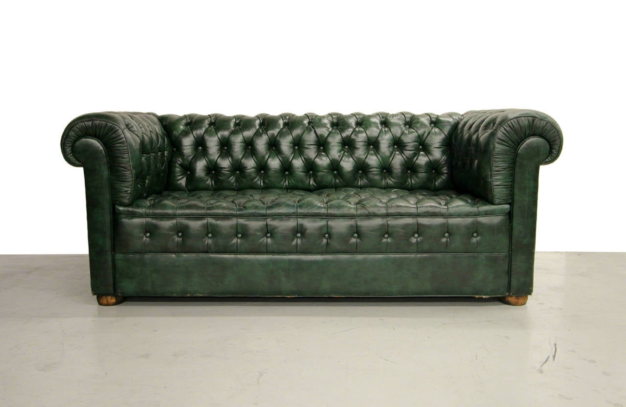 Perfect Dark Green Vintage Leather Chesterfield Sofa Lots Of Tufting 7ft Arm To