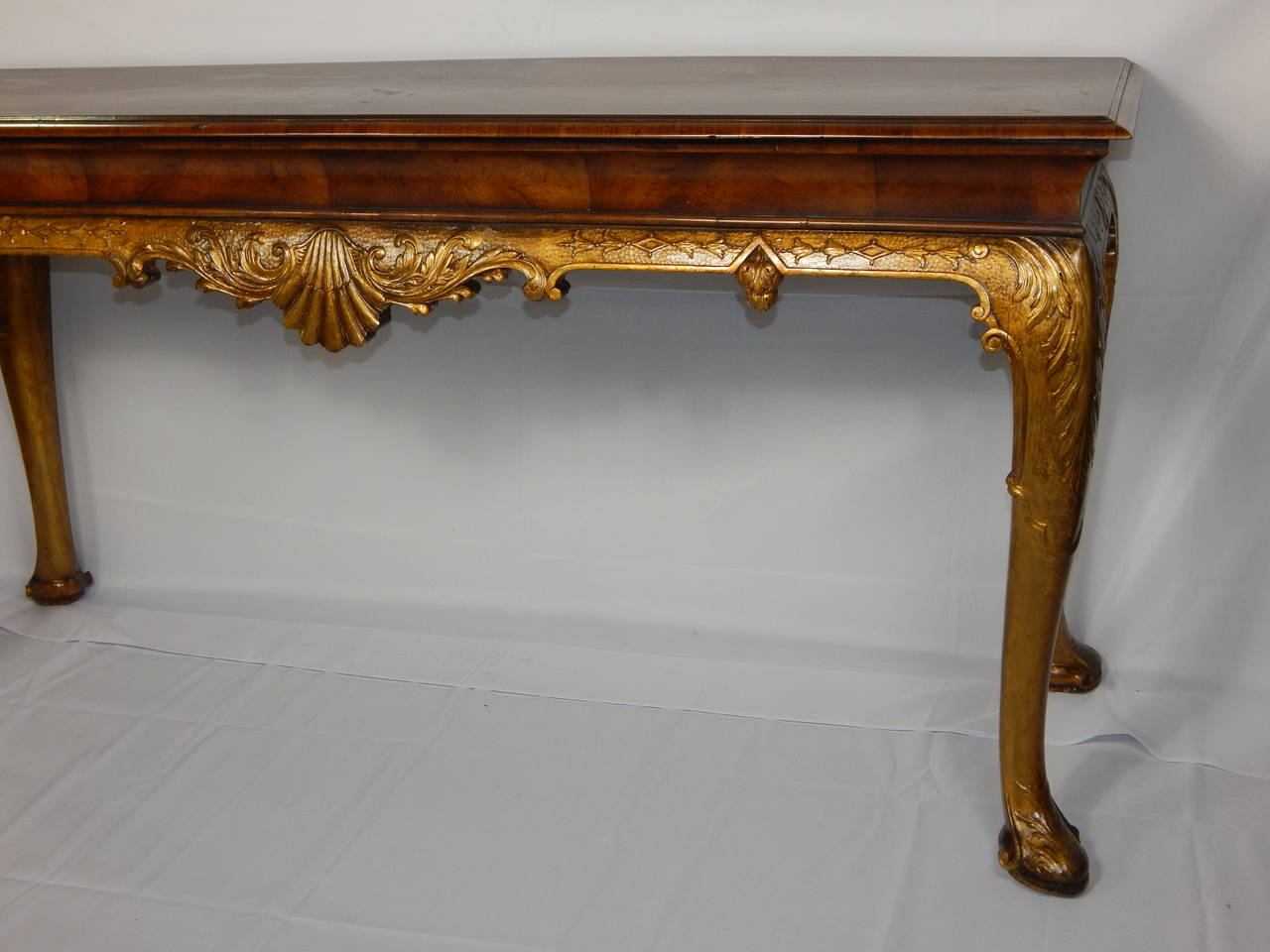 furniture tables console large th century queen anne style giltwood walnut table id f