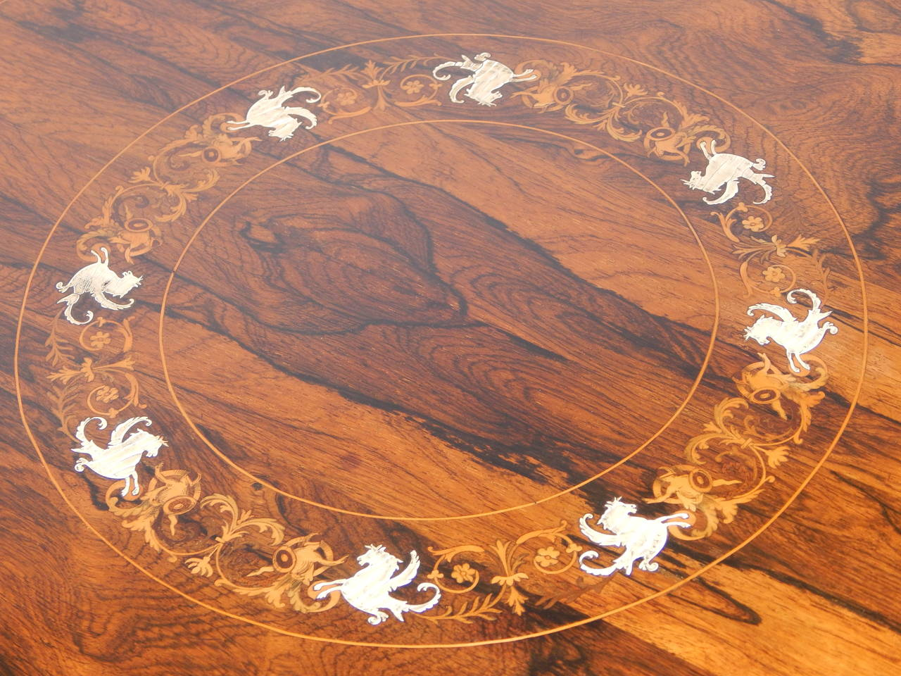 Attirant Inlay English Edwardian Inlaid Rosewood Side Table For Sale