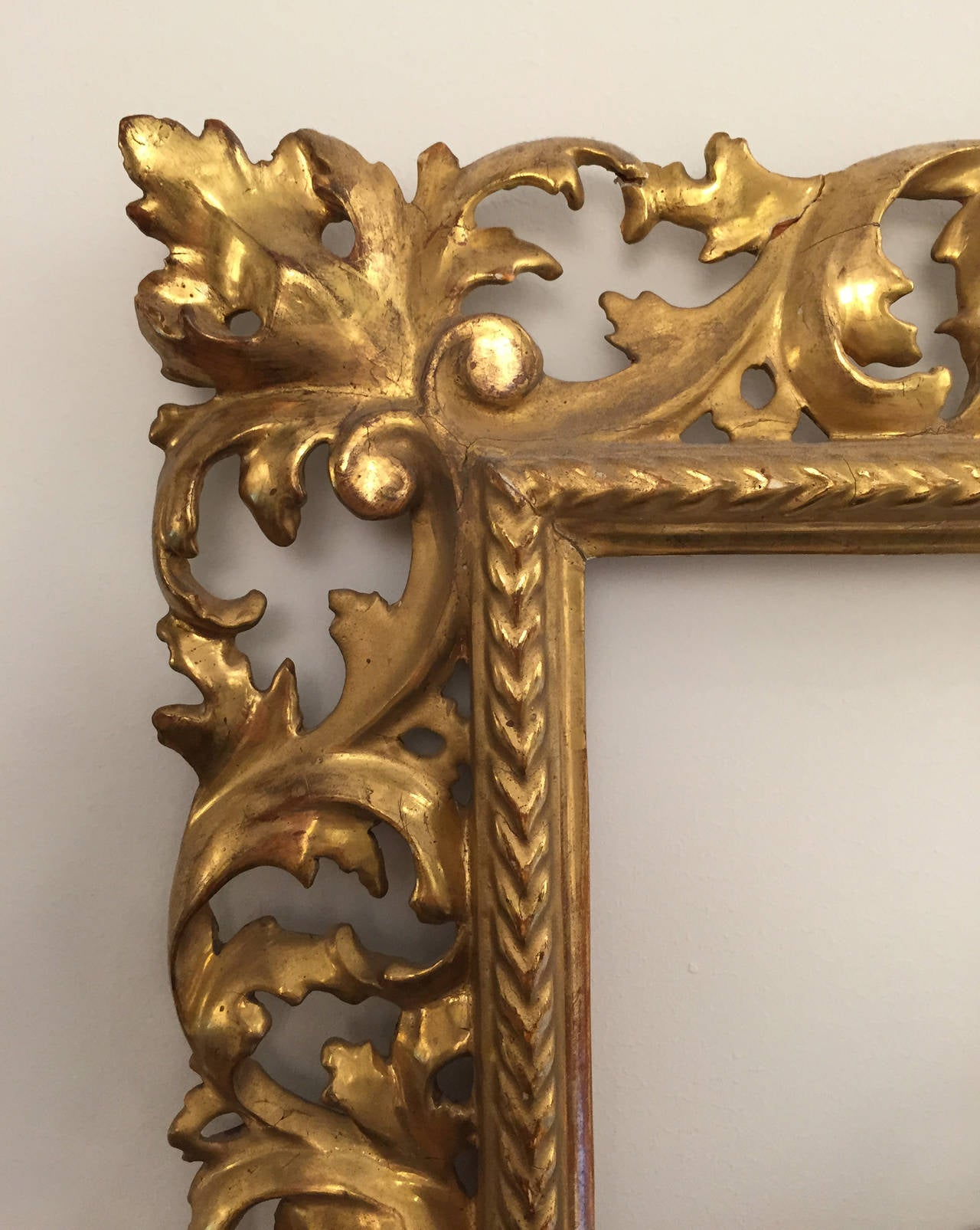19th century italian carved frame for sale at 1stdibs finely carved and gilded 19th century italian frame features continuous pierced carving decorative design jeuxipadfo Image collections