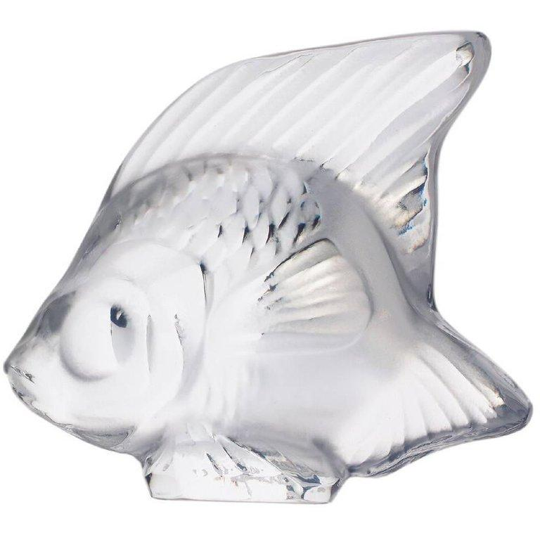 For Sale: Clear Fish Sculpture in Crystal Glass by Lalique