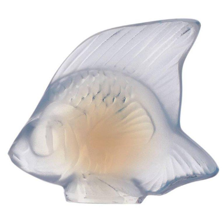 For Sale: White (Opalescent) Fish Sculpture in Crystal Glass by Lalique