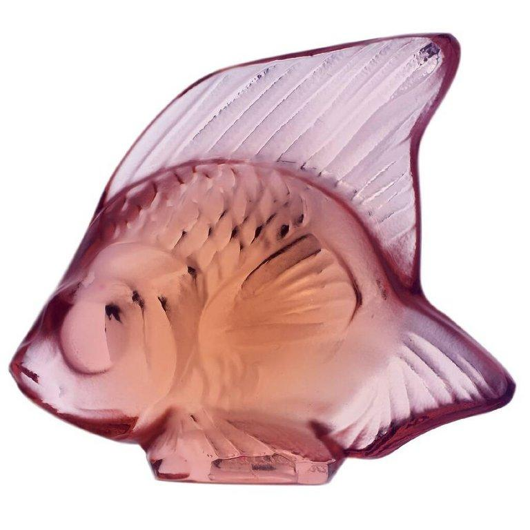 For Sale: Pink (Parma) Fish Sculpture in Crystal Glass by Lalique