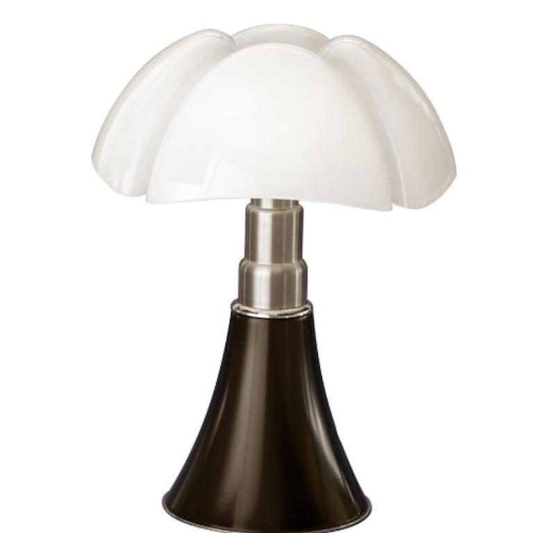 For Sale: Brown (Testa di moro) Martinelli Luce LED Minipipistrello 620/J Table Lamp by Gae Aulenti