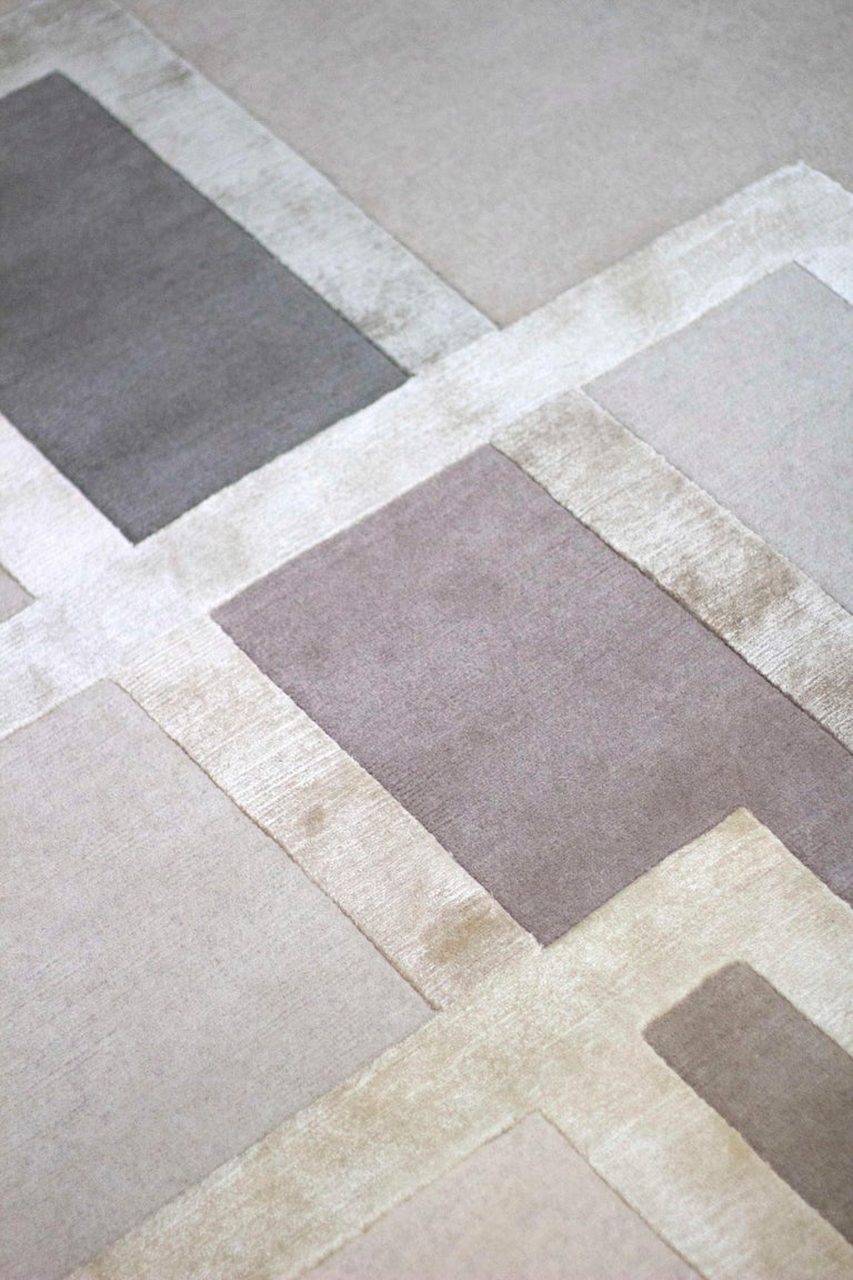 Modern Platinum Hand-Knotted 10x8 Rug in Wool and Silk by David Rockwell For Sale