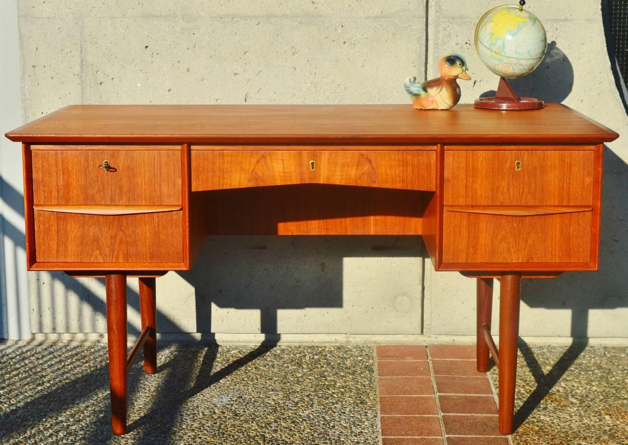 Danish Modern Teak Desk With Display Shelf At 1stdibs