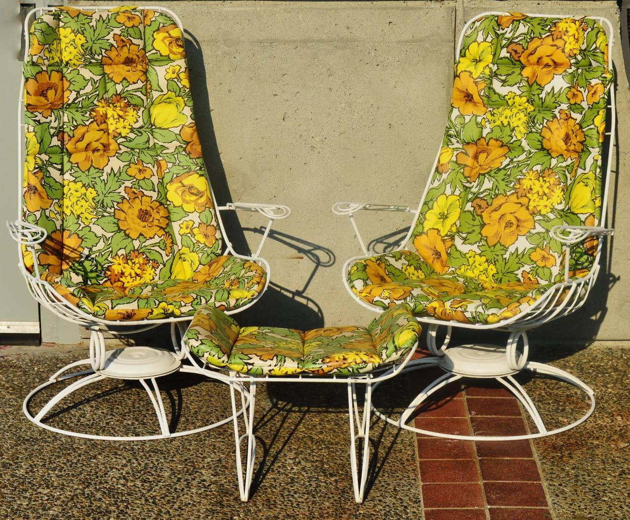 Rare Pair Homecrest Rocking Lounge Chairs and Ottoman w ...