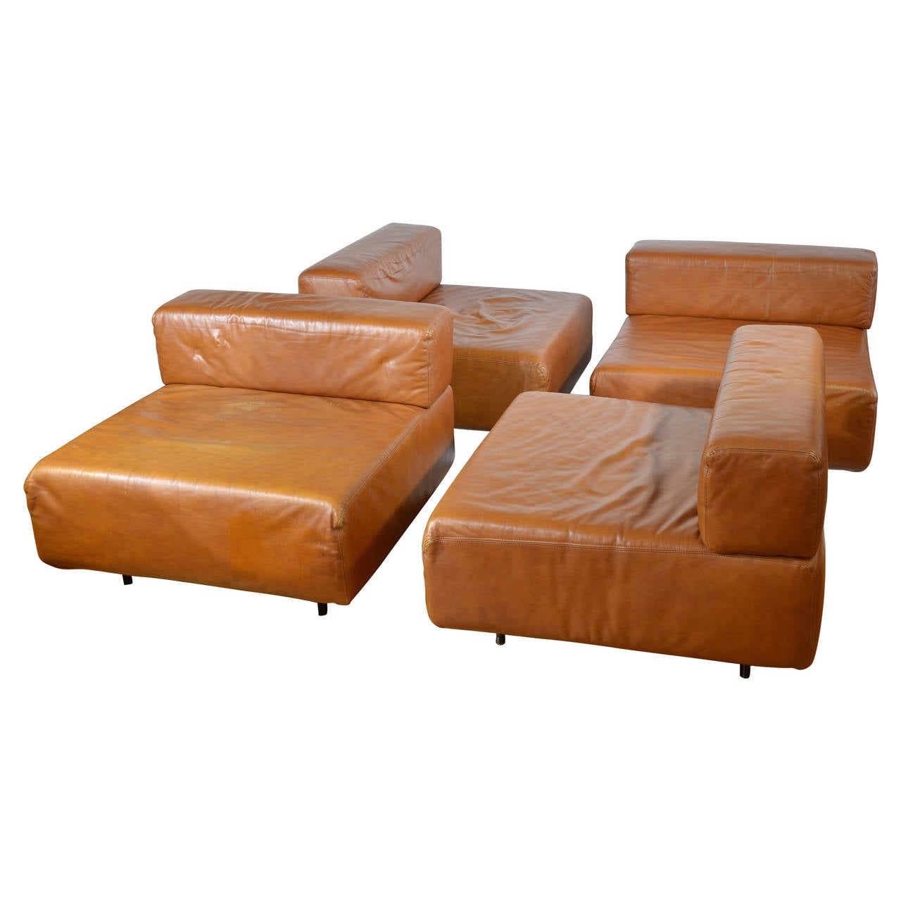 harvey probber cognac leather sofa at 1stdibs. Black Bedroom Furniture Sets. Home Design Ideas