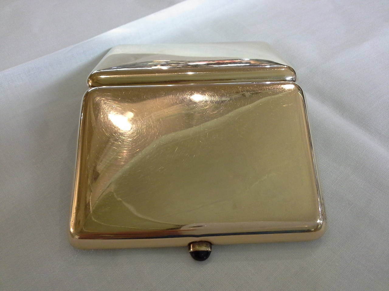 Russian Cigarette Case, .56-Mark, 14k Rose Gold and Sapphire, by Michael Perchin For Sale 2