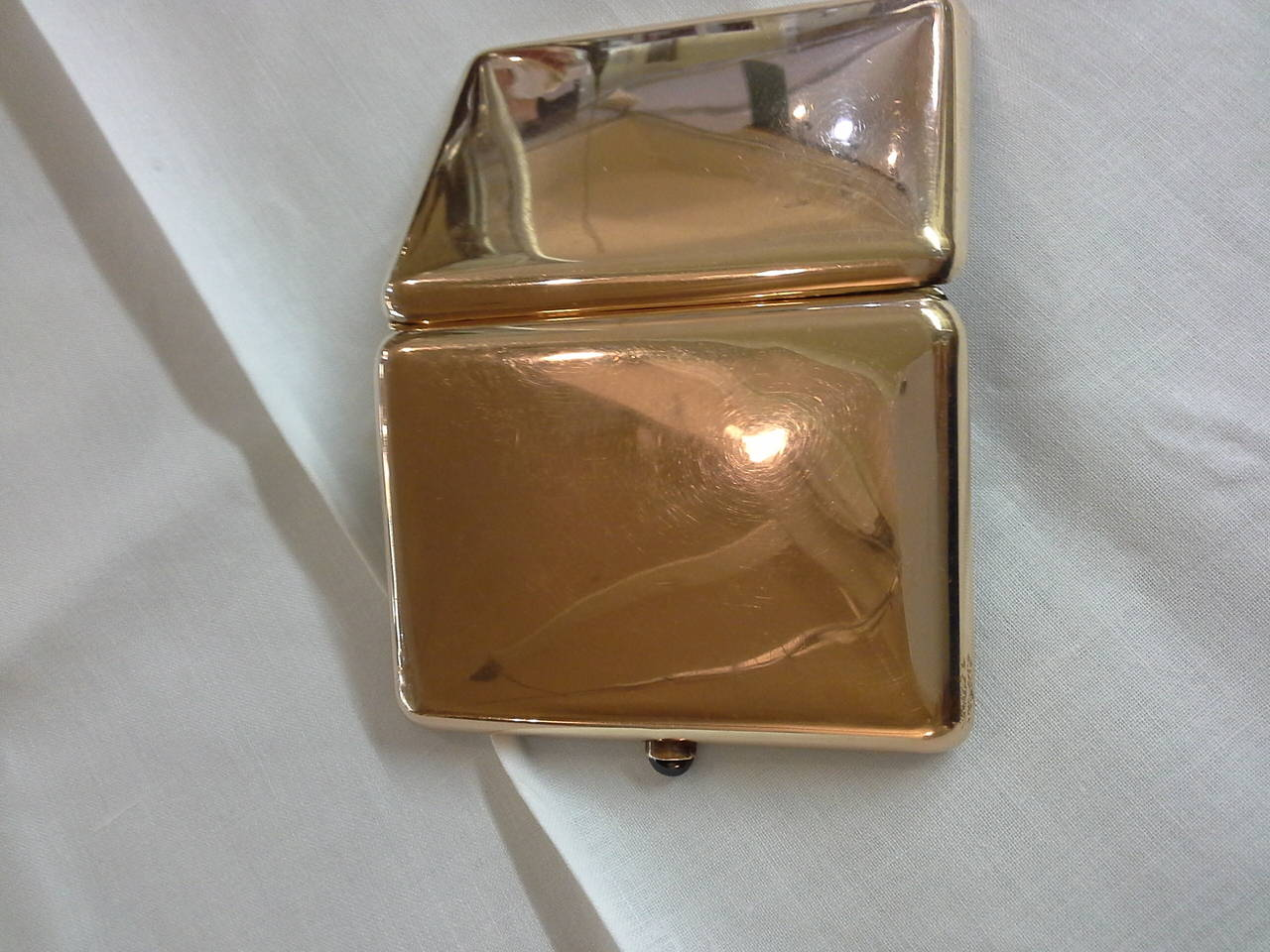 Russian Cigarette Case, .56-Mark, 14k Rose Gold and Sapphire, by Michael Perchin For Sale 3