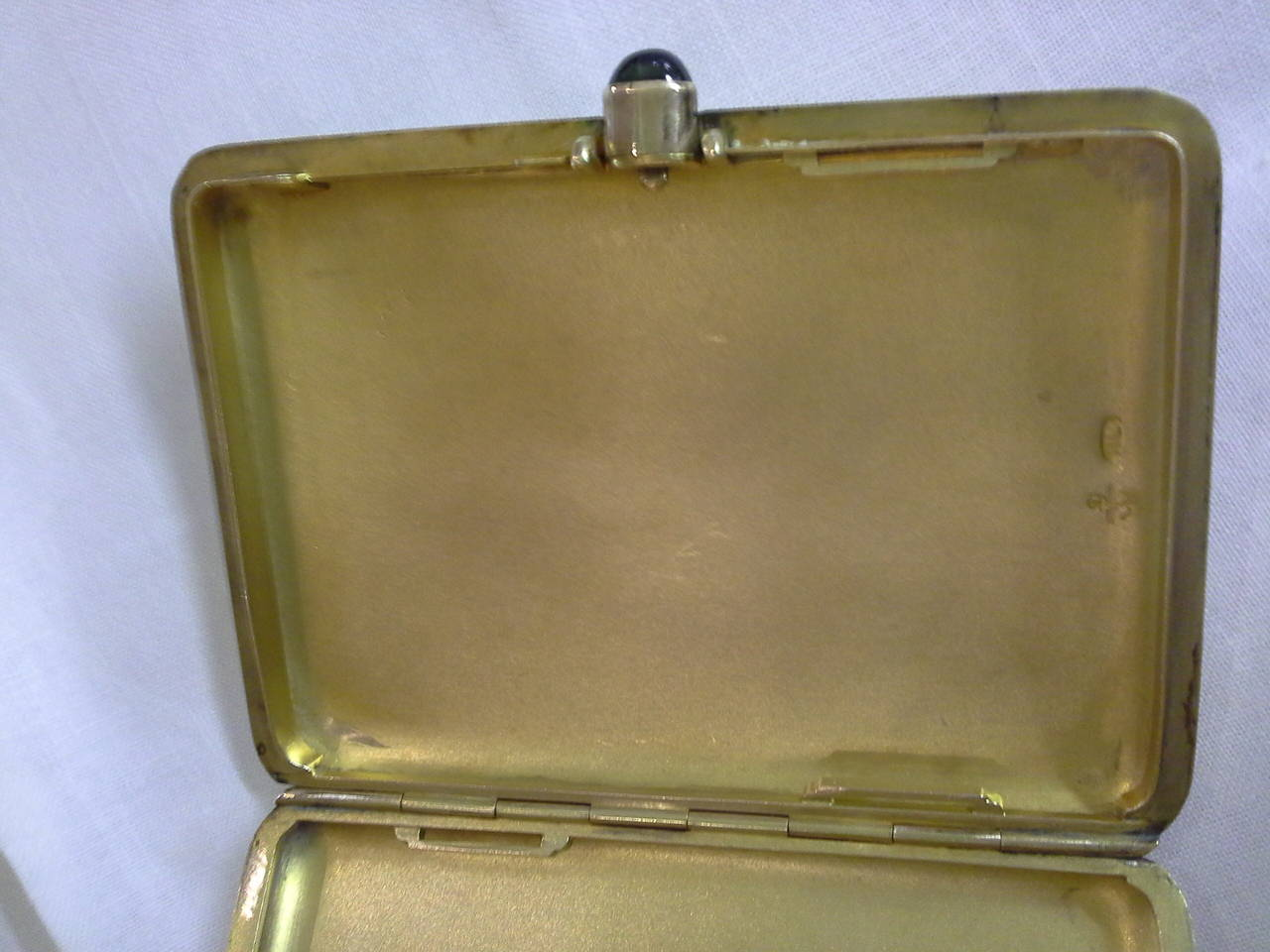 Russian Cigarette Case, .56-Mark, 14k Rose Gold and Sapphire, by Michael Perchin For Sale 4