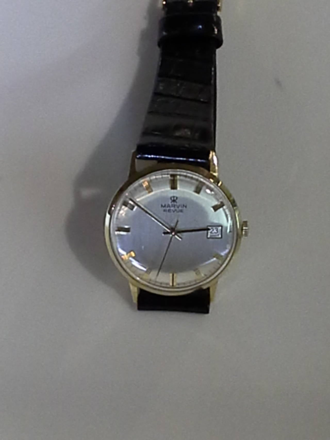 Marvin Revue Day or Date Gold Wristwatch with Original Bracelet in Original Box 3
