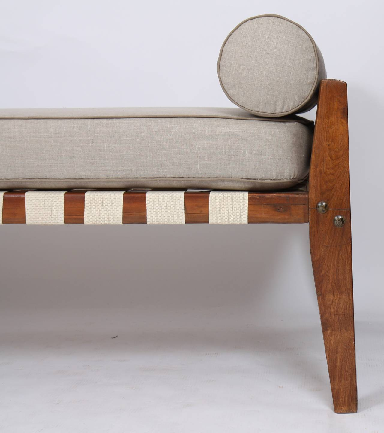Indian Dismountable Daybed by Pierre Jeanneret For Sale