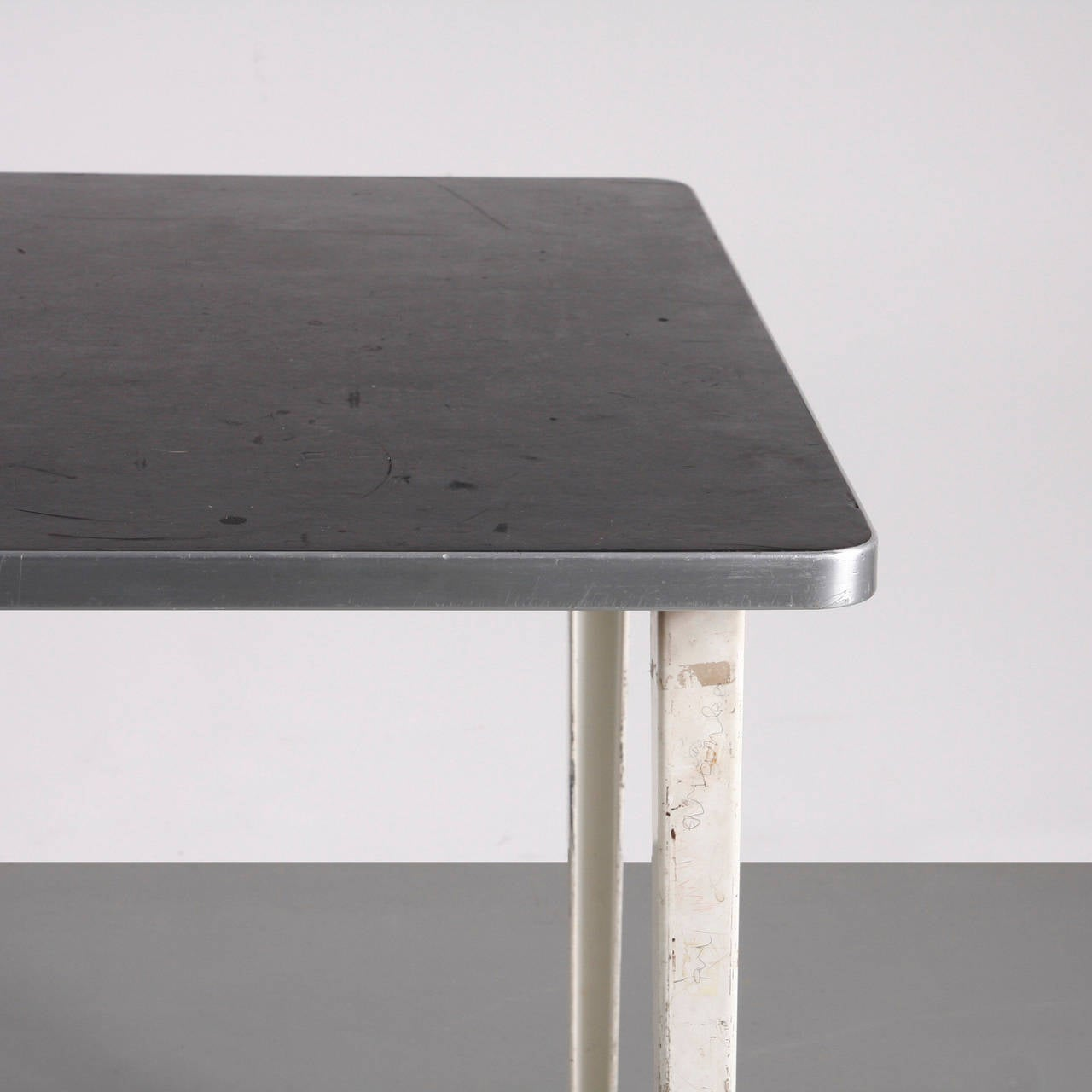 Friso Kramer Reform Table, circa 1950 For Sale 1