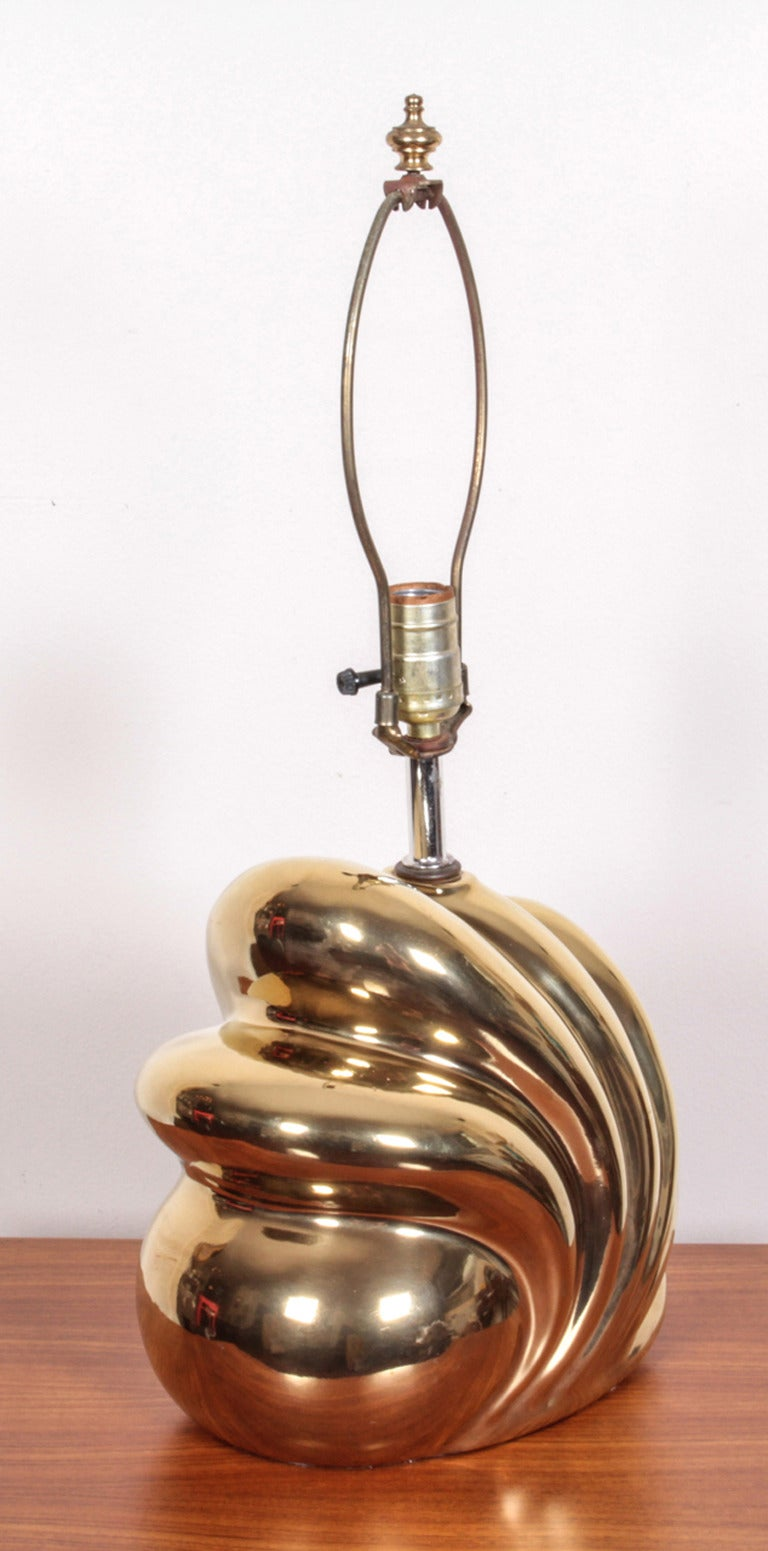 Ceramic Pair of Decorative Gold Luster Shell Lamps For Sale