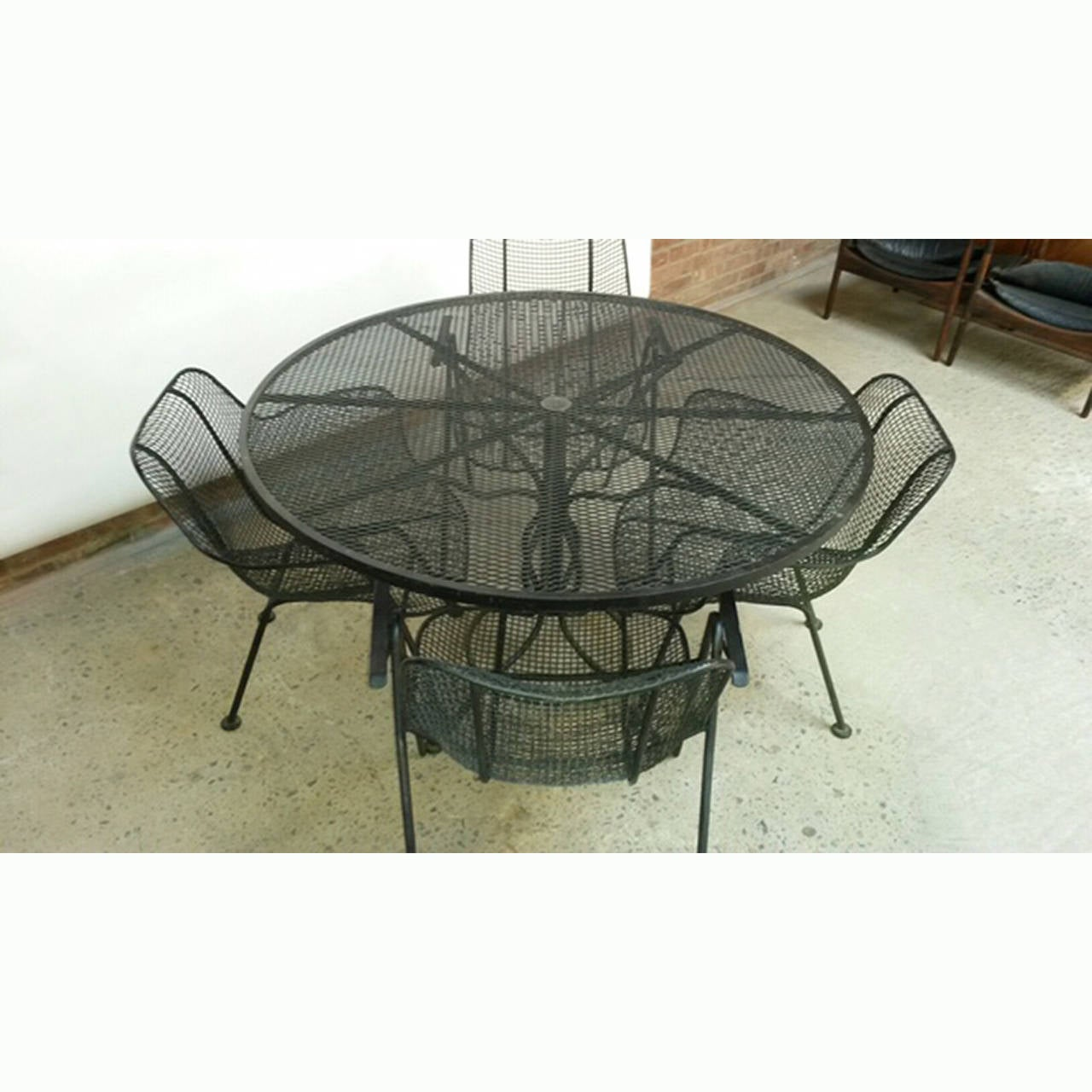 1950s russell woodard patio table and four chairs at 1stdibs for Woodard outdoor furniture