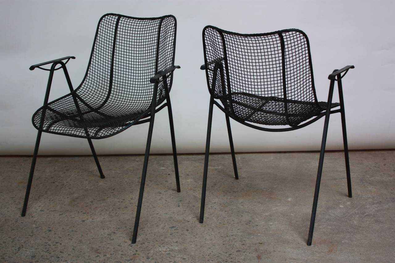 1950s Russell Woodard Patio Table and Four Chairs at 1stdibs