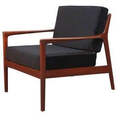 Danish Modern Lounge Chair in Velvet and Teak