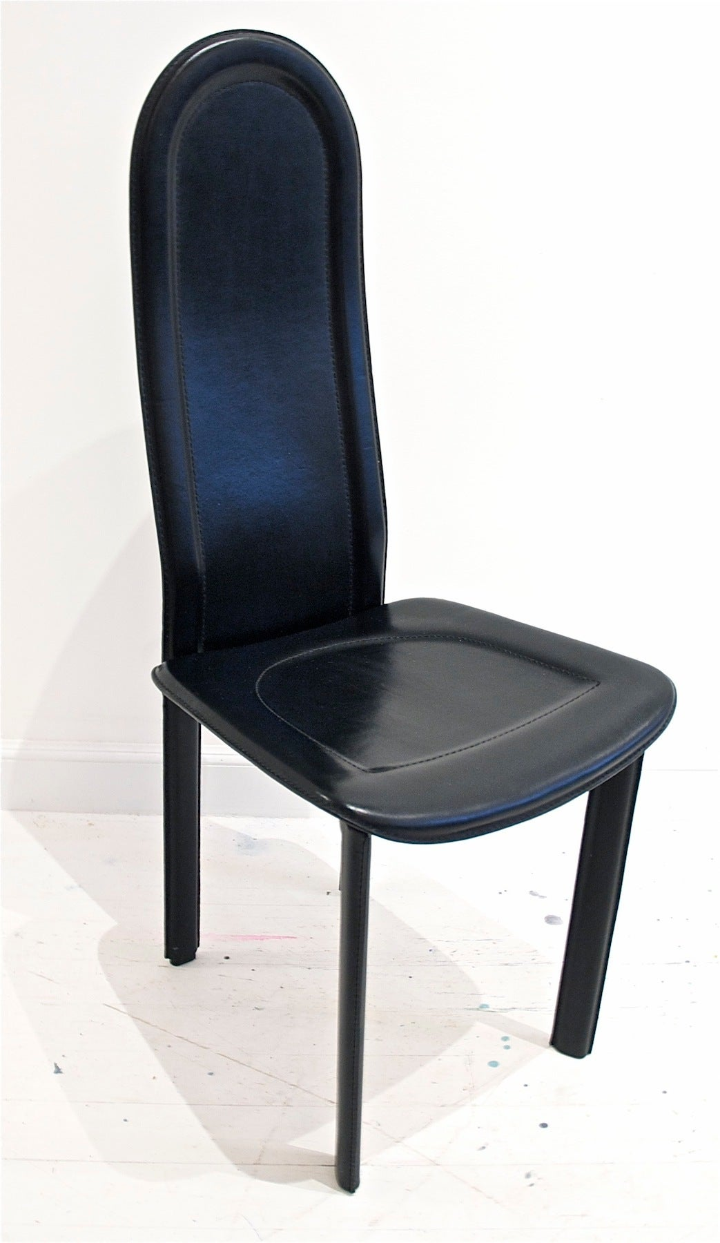 Black Leather Dining Chairs by Artedi UK For Sale at 1stdibs : ARTEDI9 1 from www.1stdibs.com size 1043 x 1800 jpeg 153kB