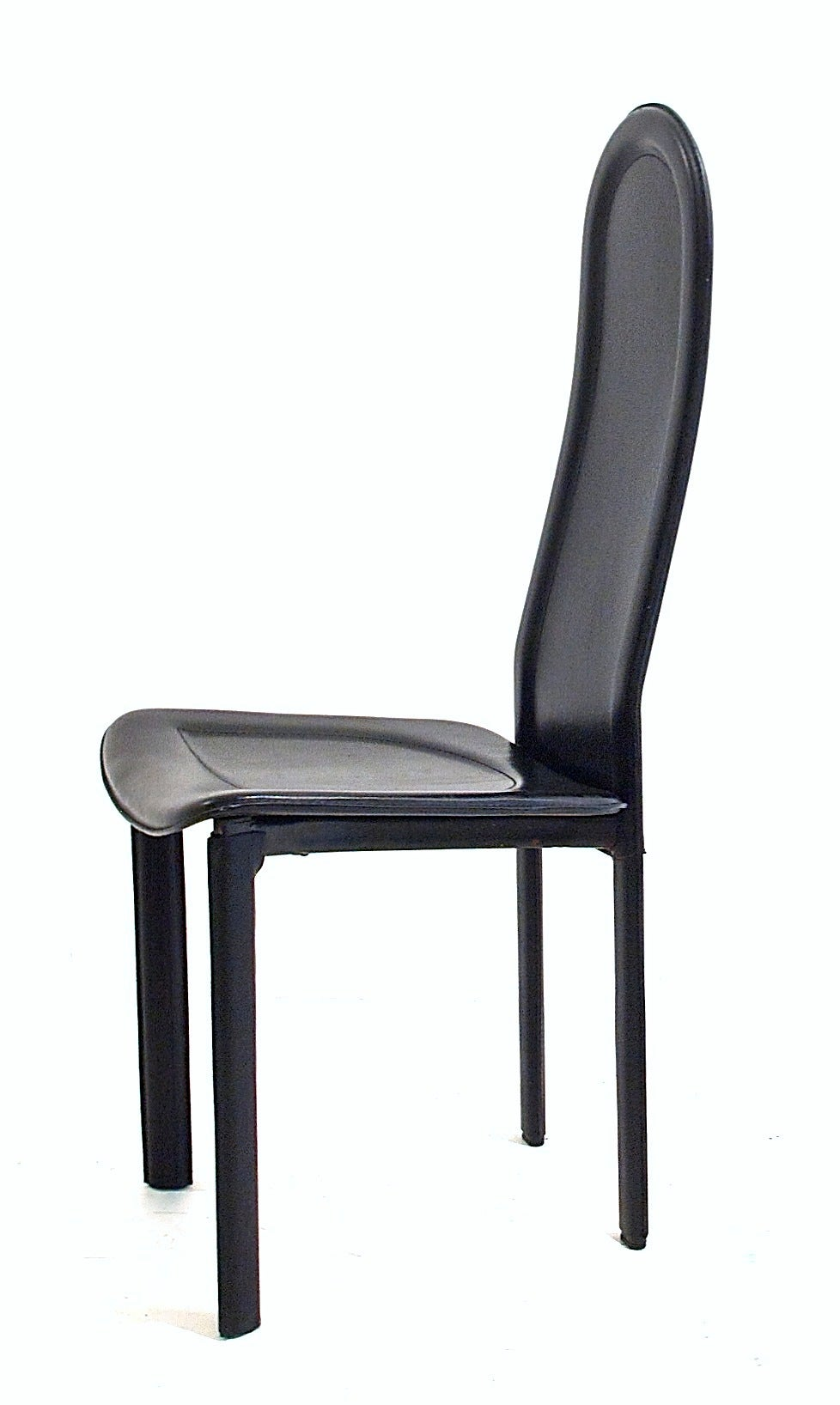 Black Leather Dining Chairs by Artedi UK For Sale at 1stdibs : ARTEDIleftside3 1 from www.1stdibs.com size 978 x 1636 jpeg 93kB