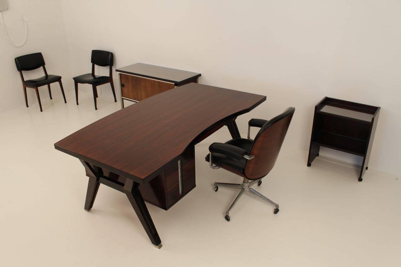 Ico Paris mid century rosewood executive desk For Sale 2