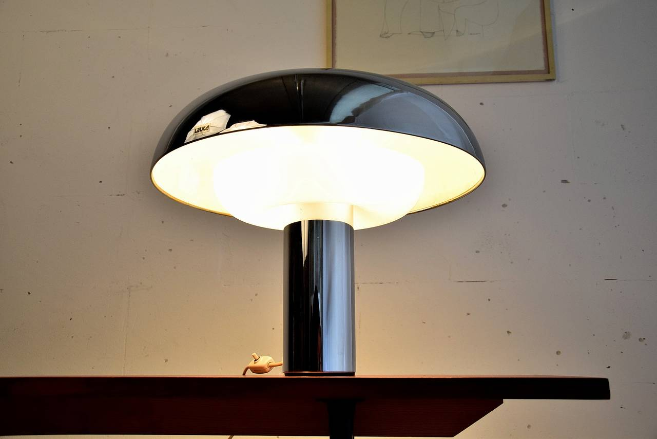 Acrylic 1970's Pampero table Lamp By Leuka For Sale