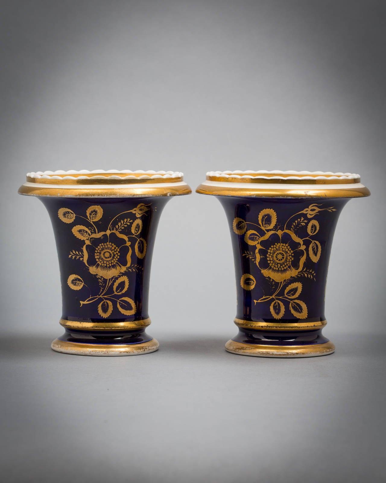 Pair of English porcelain vases, Coalport, circa 1820.