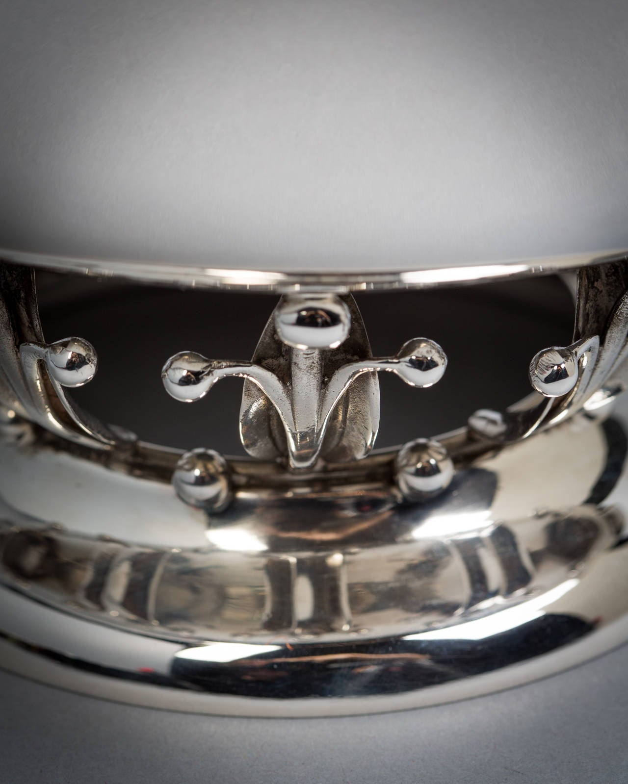 Sterling silver bowl, Woodside Sterling Company, New York, circa 1920.
