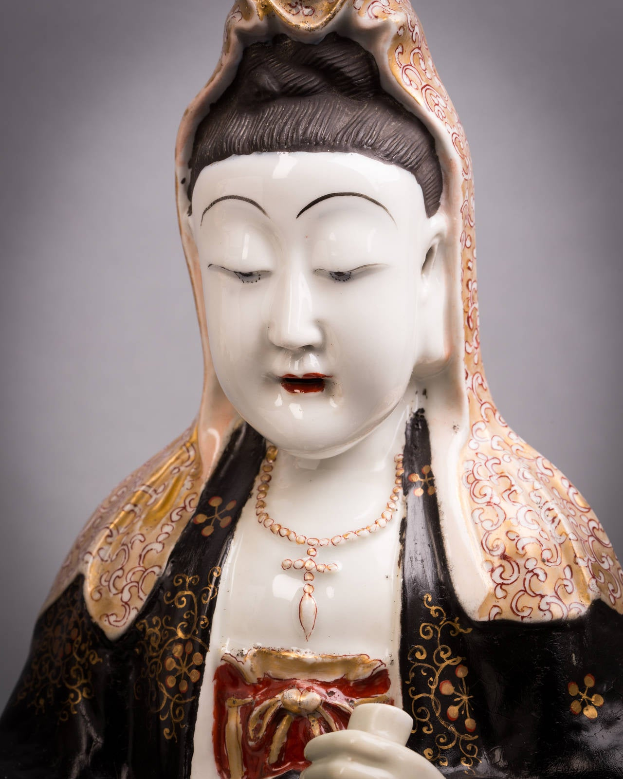 Mid-19th Century Pair of French Porcelain Chinoiserie Figures, circa 1840 For Sale