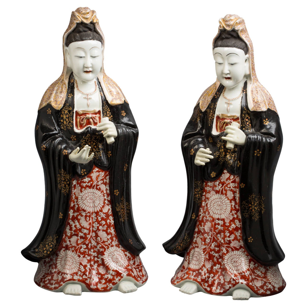 Pair of French Porcelain Chinoiserie Figures, circa 1840 For Sale