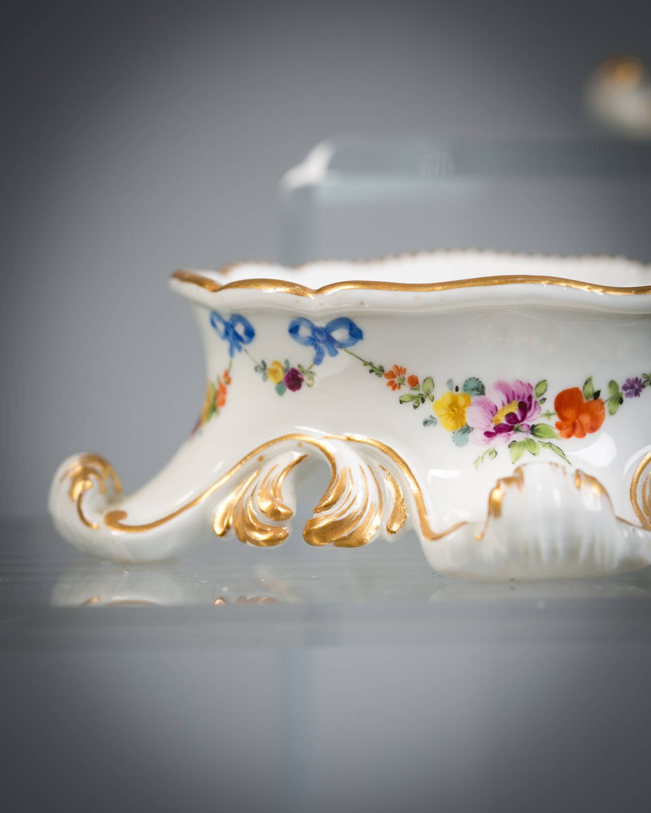 Set of Six German Porcelain Salts, Meissen Marcolini, circa 1800 In Good Condition For Sale In New York, NY