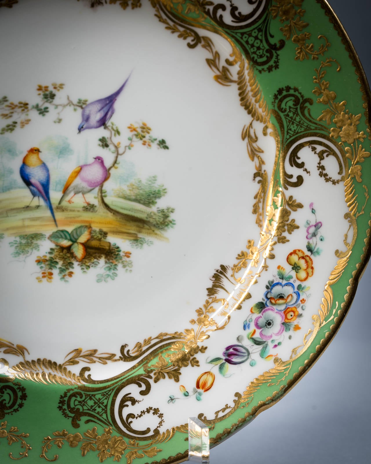 English Coalport Porcelain Dessert Service, circa 1850 For Sale 1