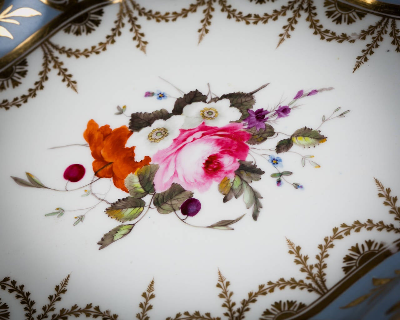 English Chamberlain Worcester Porcelain Part Dessert Service, circa 1815 In Good Condition For Sale In New York, NY
