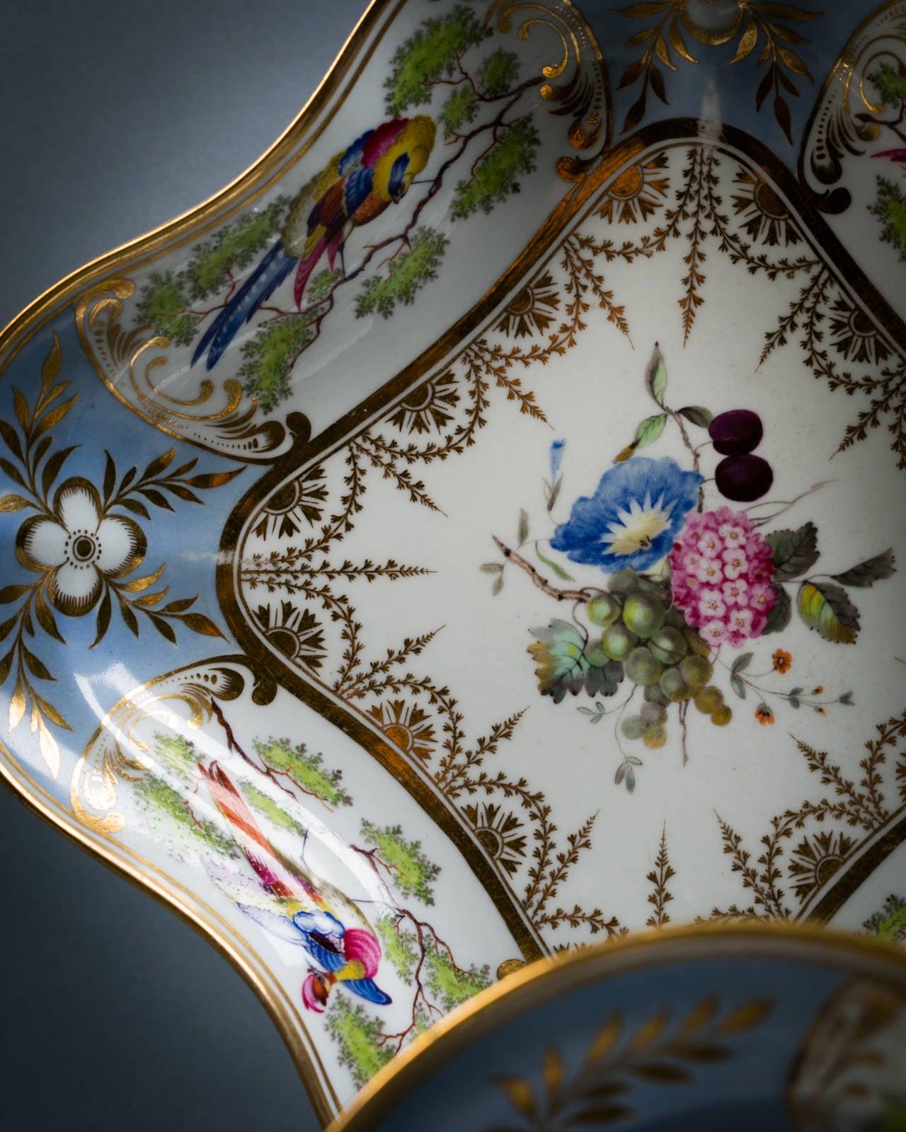 English Chamberlain Worcester Porcelain Part Dessert Service, circa 1815 For Sale 4