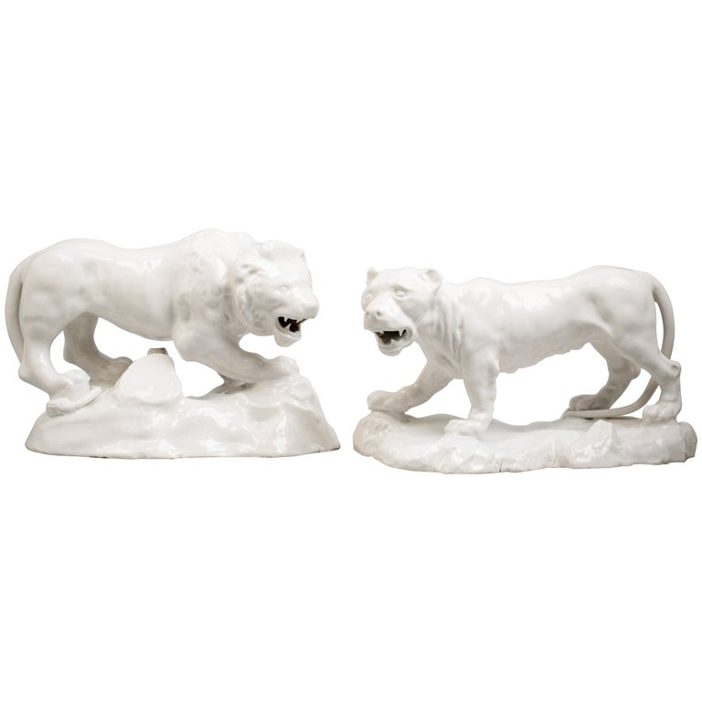 Pair of Continental Lion and Lioness, Italian, circa 1770 For Sale