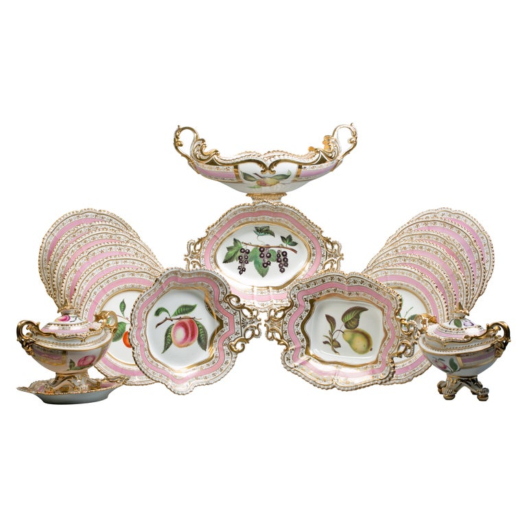 English Porcelain Fruit Service, Chamberlain Worcester, circa 1820 For Sale