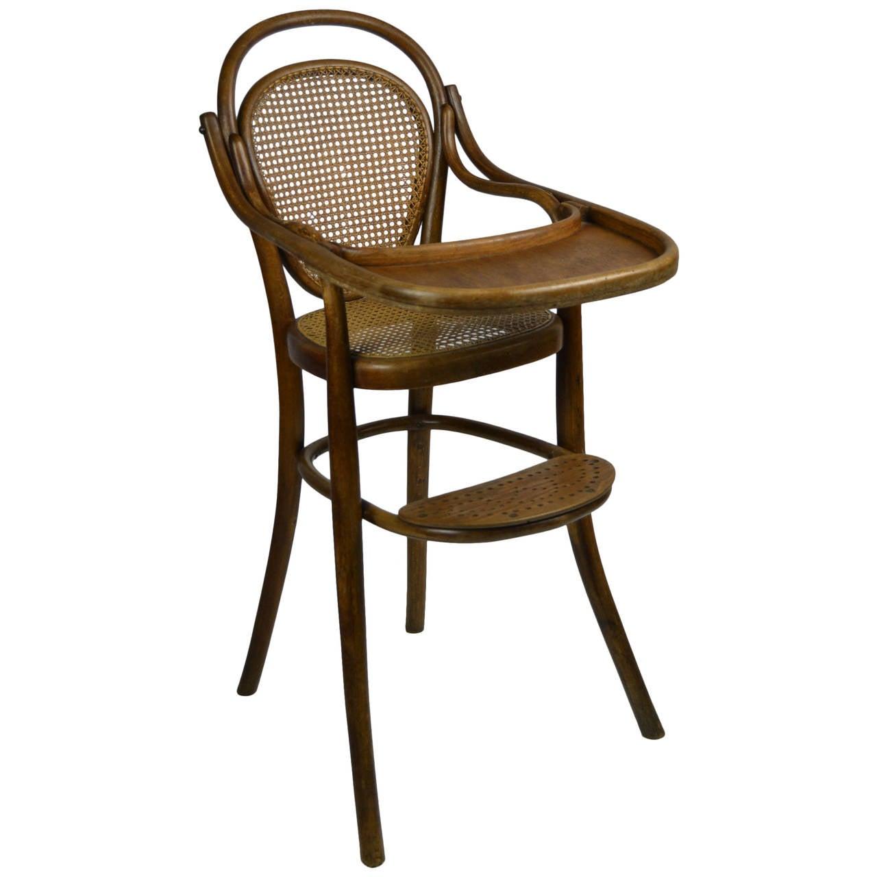 Antique Thonet Children's Chair For Sale - Antique Thonet Children's Chair At 1stdibs